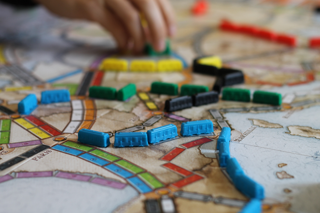 Dr. Marisa van Niekerk Educational Psychologist Develop problem solving skills by playing board games as this is one of the essential school readiness tips for parents